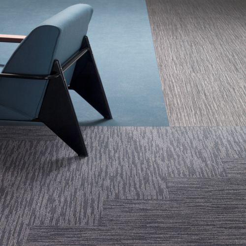 Zintegrowana podłoga w biurach