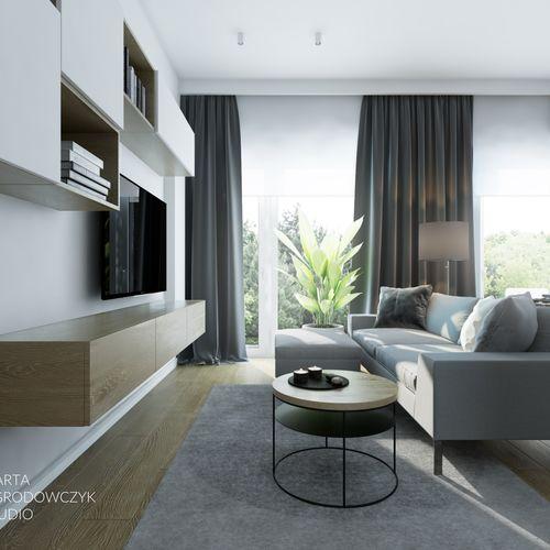 Przestronne mieszkanie z wysokimi oknami