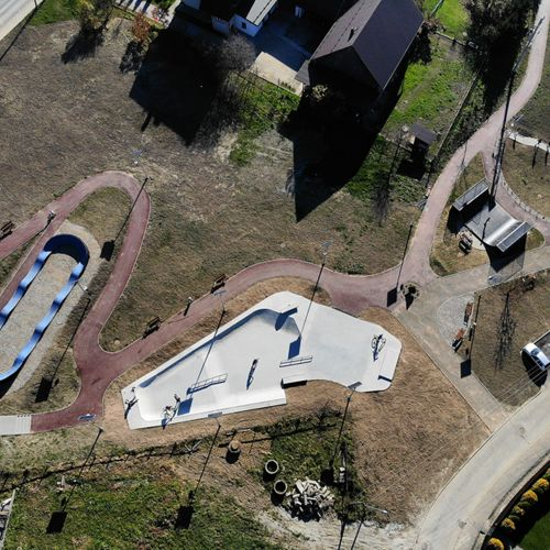 Skatepark and pumptrack in Maniów