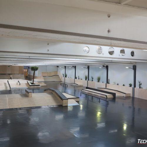 Skatepark in the hall - Ave Park Warszawa