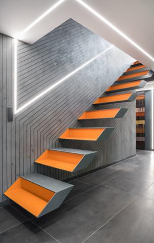 Wnętrze domu prywatnego. Projekt schodów Alicja Galewska...