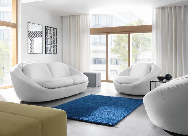 Sofa oraz fotel Planet stworzą nietypowy w kształtach,...