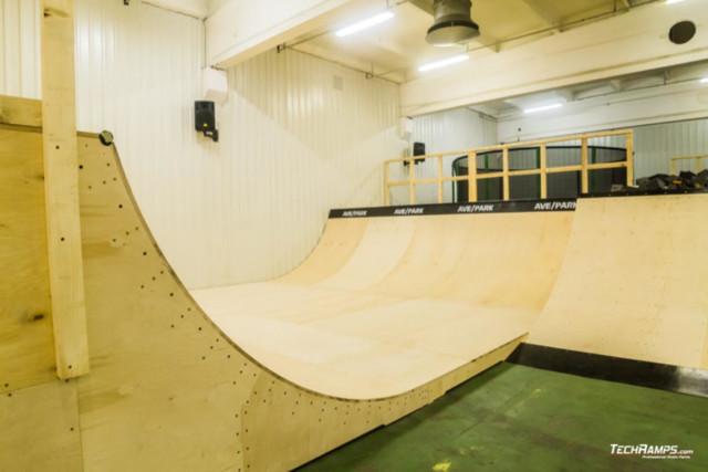 Skatepark dans le hall - Ave Park Warszawa