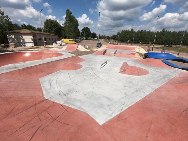 Skatepark et Pumptrack en gloire